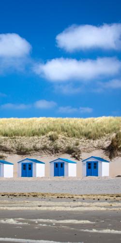 Strandhuisjes op het strand 2